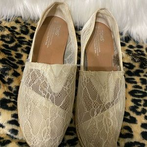 Tom's White Lace Loafers Size 8